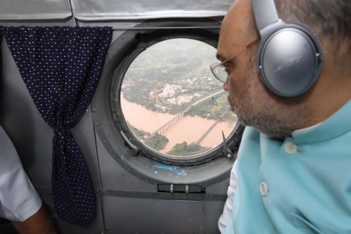 Did an aerial survey of the flood affected areas of Belagavi (Karnataka) and Kolhapur & Sangli (Maharashtra).  Also held a meeting with senior officials to review the relief operations.  Central and both state governments are totally commited to helping our people in distress.
