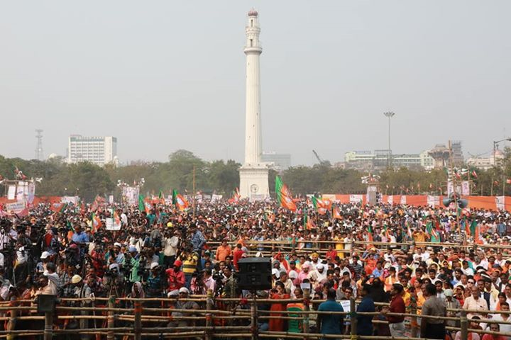 I bow to the great land of West Bengal.  Some more pictures from today's rally in Kolkata. #AarNoiAnnay
