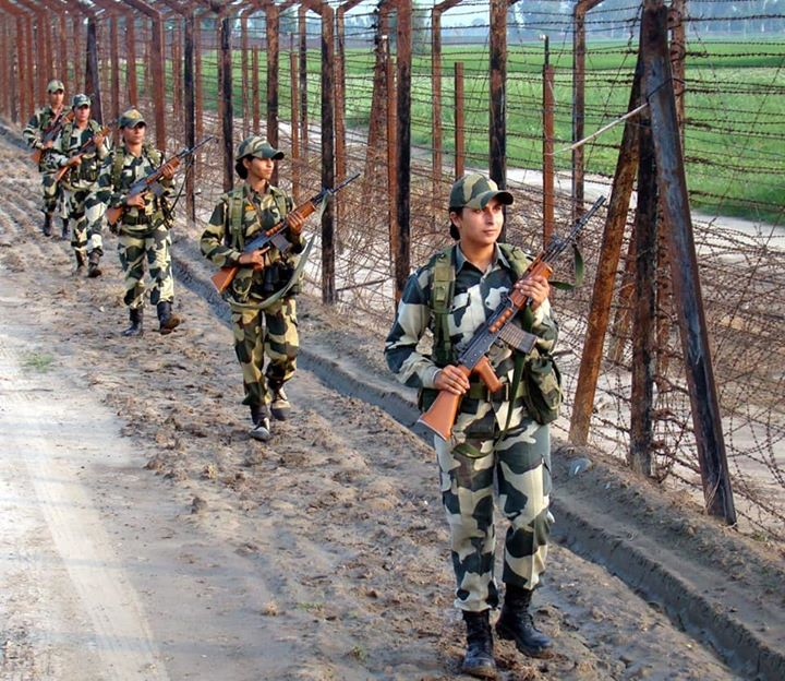 Brave BSF women personnel securing our borders with utmost commitment and dedication.  The entire nation salutes their valour.‬ #SheInspiresUs