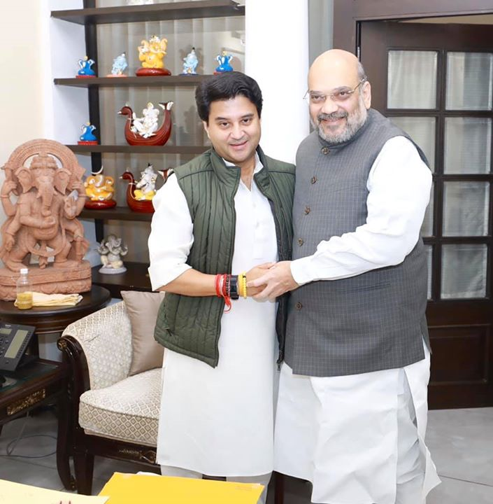 Met Shri Jyotiraditya Scindia ji.  I am sure his induction into the party will further strengthen BJP's resolve to serve the people of Madhya Pradesh.