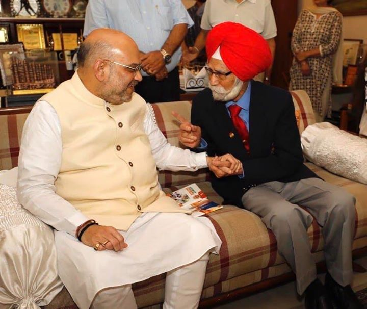 Pained to learn about the demise of Padma Shri Balbir Singh Sr ji, a legendary hockey player, who left indelible imprint on world hockey with his stick.  I was fortunate to have met the lively and joyful Balbir ji, a three time Olympic gold medalist. My condolences to his family.