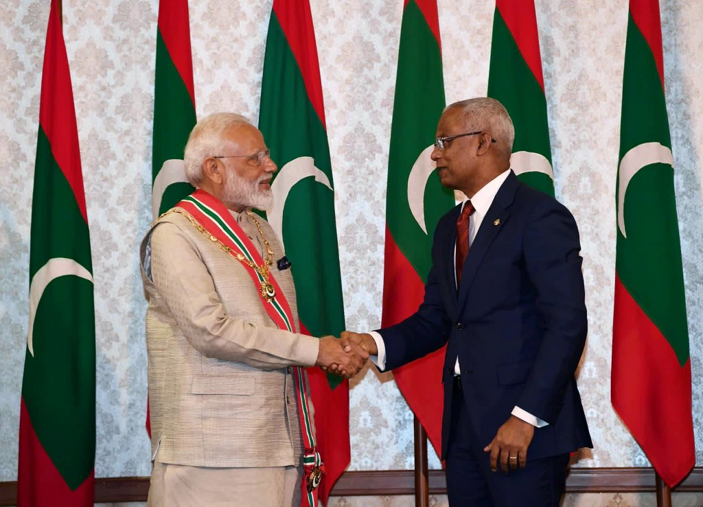 I congratulate PM @narendramodi on being conferred with 'The Most Honourable Order of the Distinguished Rule of Nishan Izzuddeen', Maldives highest honour accorded to a foreign dignitary.  It is an honour for every Indian and is a recognition of India's glory under PM Modi. https://t.co/b73inubqvf
